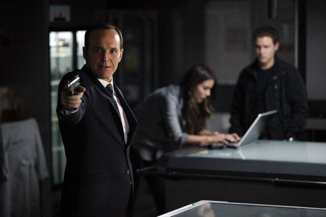 File:Agents of SHIELD Turn, Turn, Turn 09.jpg