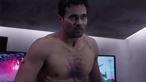 File:Hive Grant Ward AoS Bouncing Back 02.jpg