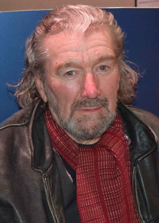 clive russell wife