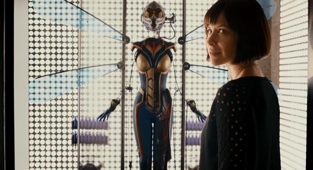 File:Hope's Wasp Suit.jpg
