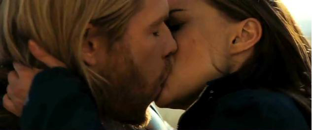 File:Thor-and-Jane-Kissing-thor-and-jane-22092152-633-264.jpg
