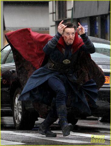 File:Doctor Strange Filming 28.jpg