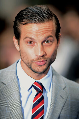 File:Logan Marshall Green.jpg