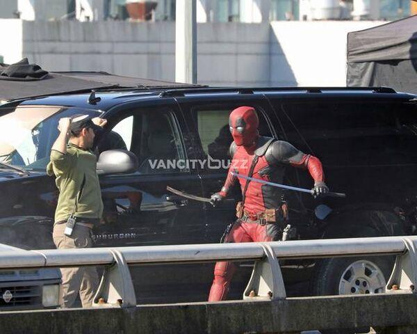 File:Deadpool Set photo 4.jpg