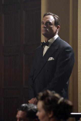 File:Agent Carter NINTE Still 18.jpg