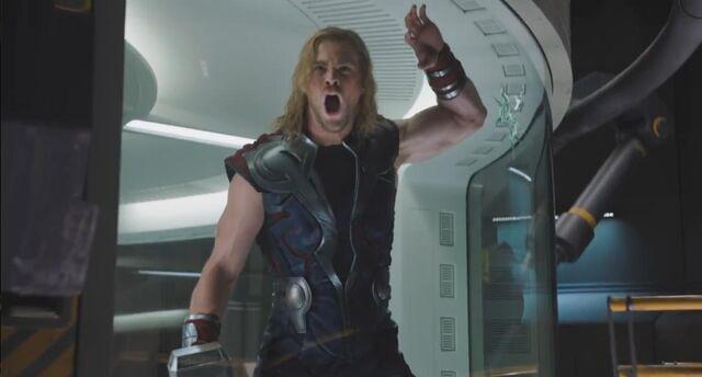 File:Thor Avengers 02.jpg
