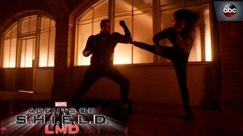 Kick@$$ Move of the Week Quake vs. Mace's LMD - Marvel's Agents of S.H.I.E.L.D. 4x15