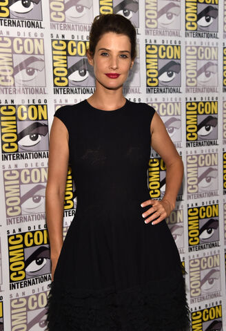 File:Sdcc2014-marvelpresspanel-smulders.JPG