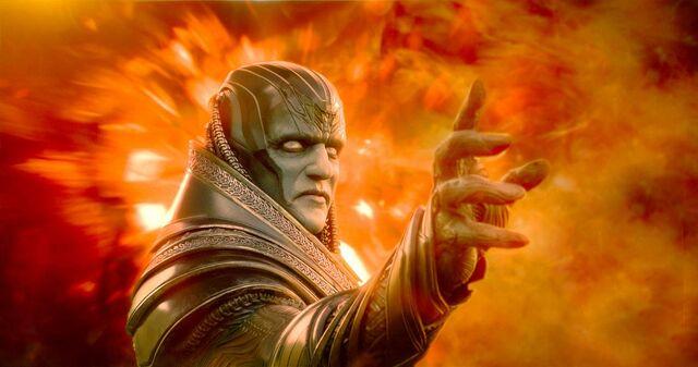 File:Oscar-Isaac-in-X-Men-Apocalypse.jpg