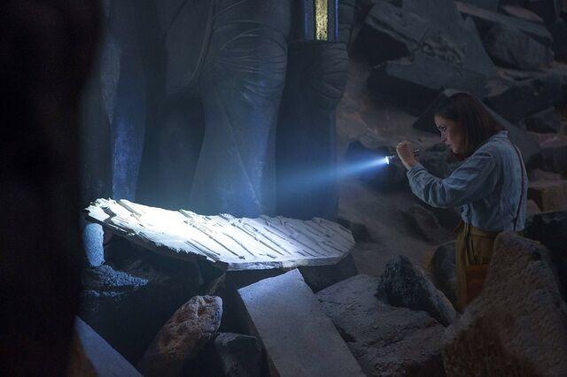 File:Rose-Byrne-in-X-Men-Apocalypse.jpg