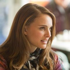 Jane Foster in a cafe.