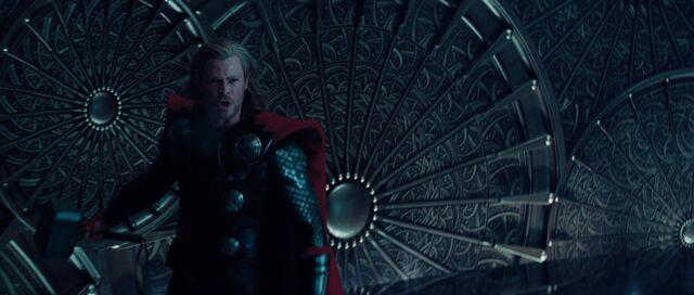 File:Thor-disneyscreencaps.com-10726.jpg