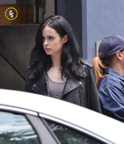 File:Jessica Jones Filming 8.jpg