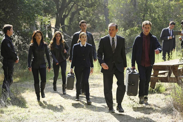 File:Agents of SHIELD FZZT 07.jpg