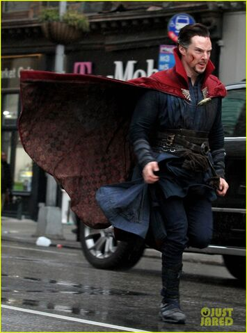 File:Doctor Strange Filming 35.jpg