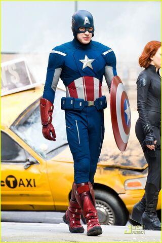 File:AvengersNYCity2.jpg