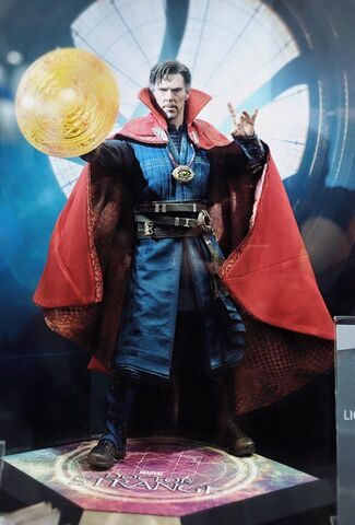 File:Doctor - Strange - 2016 - Hot - Toys - 1.jpg