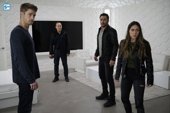 File:Agents of SHIELD S3E17 - The Team Image 03.jpg