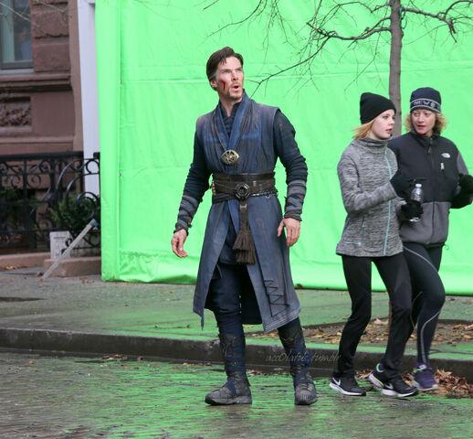 File:Doctor Strange Filming 75.jpg
