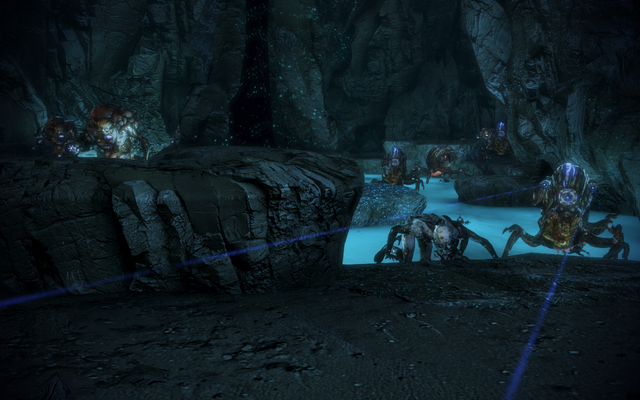 File:Attican traverse krogan team central chamber mobs.png