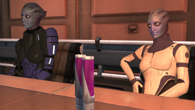 File:Pinnacle station - lounging asari.png
