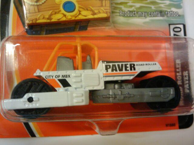 File:Burried Treasure Road Roller Paver.jpg