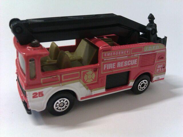 File:Snorkel Fire Truck.jpg