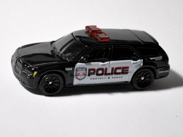 File:05-Magnum-Police-Black.jpg