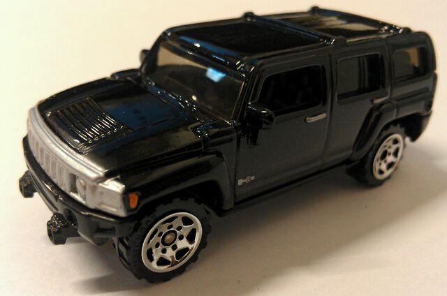 File:Burried Treasure Hummer H3.jpg