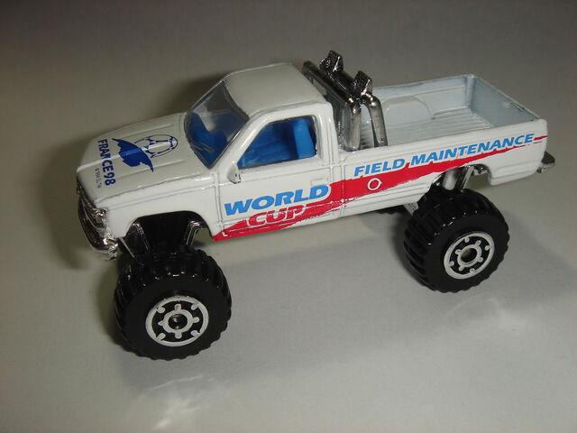File:MBX Chevy K-1500.jpg
