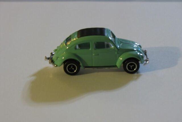 File:62 VW BEETLE AQUA.jpg