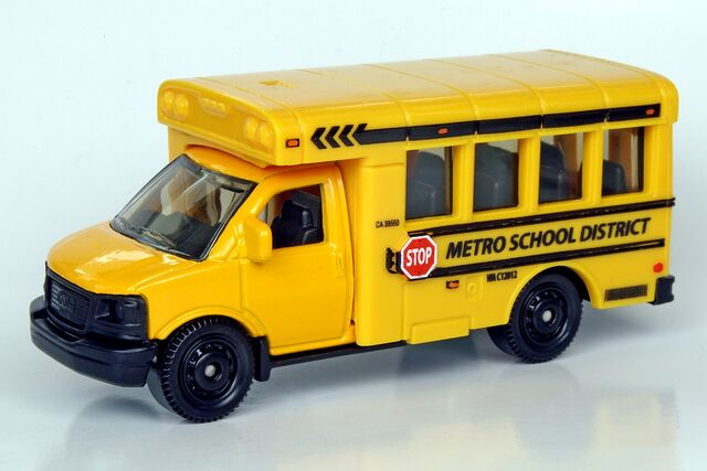 File:GMC School Bus - 2028ff.jpg