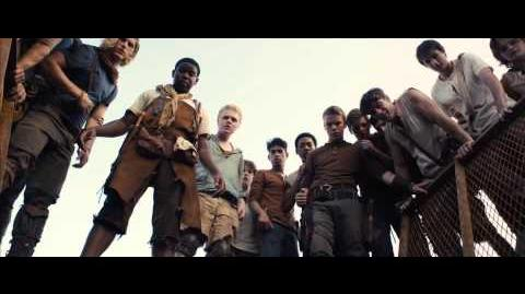 The Maze Runner Meet The Gladers Behind the Scenes (2014) Dylan O'Brien