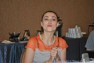 Katie McGrath Comic Con 2012-9