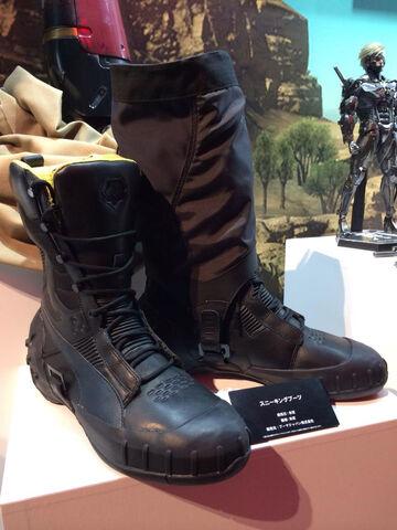 File:MGSV-TGS-2014-Boots.jpg