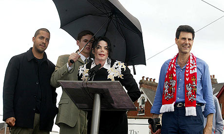 File:Michael Jackson Umbrella 2.png