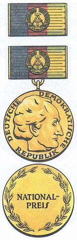 File:DDR-National-Prize.jpg