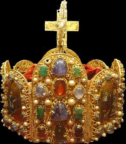 File:524px-Holy Roman Empire crown dsc02909.jpg
