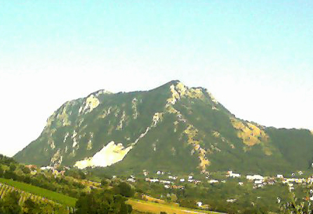 File:Monte-tuoro4.jpg
