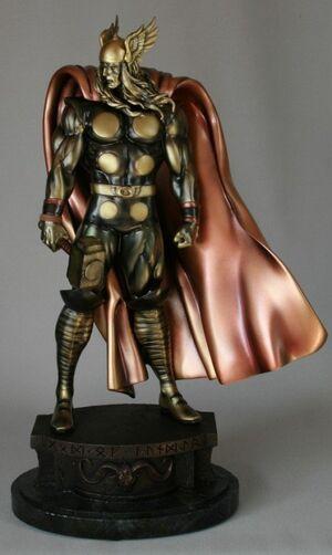 Merchandise-statue-bronzethor-03242008