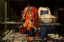 Viking attire and jewellery - VIKING exhibition at the National Museum of Denmark.jpg