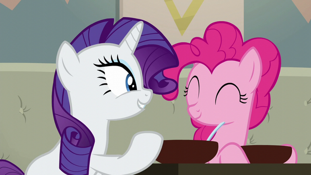 "File:Rarity ""it's exquisite"" S6E12.png"