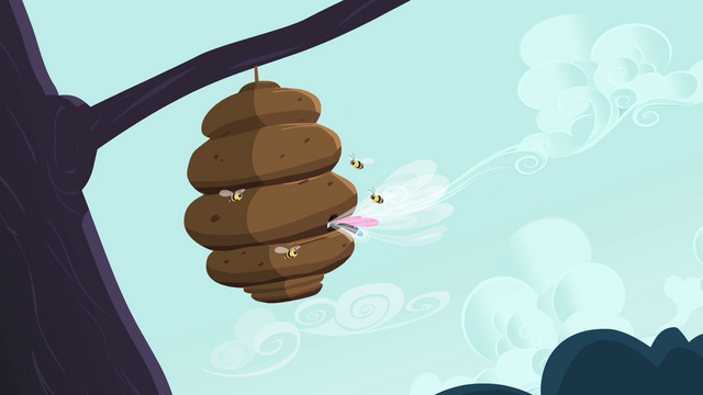 File:Seabreeze flies into a beehive S4E16.png