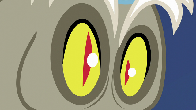 File:Discord's pupils turn into slits S5E22.png