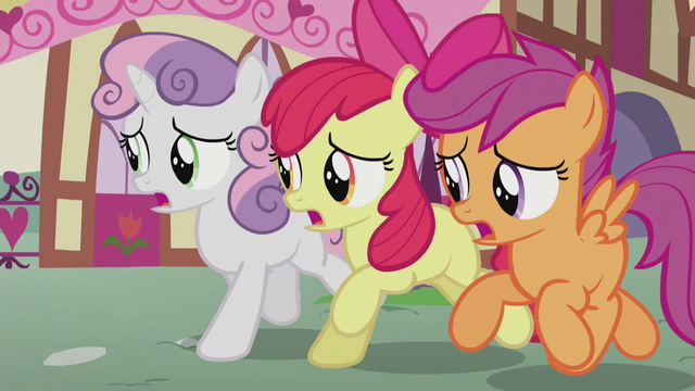 "File:CMC singing ""by helping others, not by being mean"" S5E18.png"