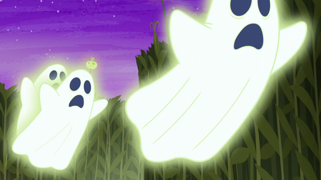 File:Glowing ghosts chasing the ponies S5E21.png