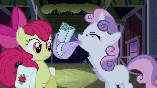 File:Sweetie Belle about to put her saddlebag down S3E04.png