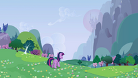 Twilight Sparkle gazing up at Canterlot S2E25
