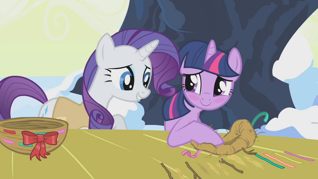 File:Twilight blush S01E11.png