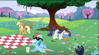 The ponies are at a picnic S2E03